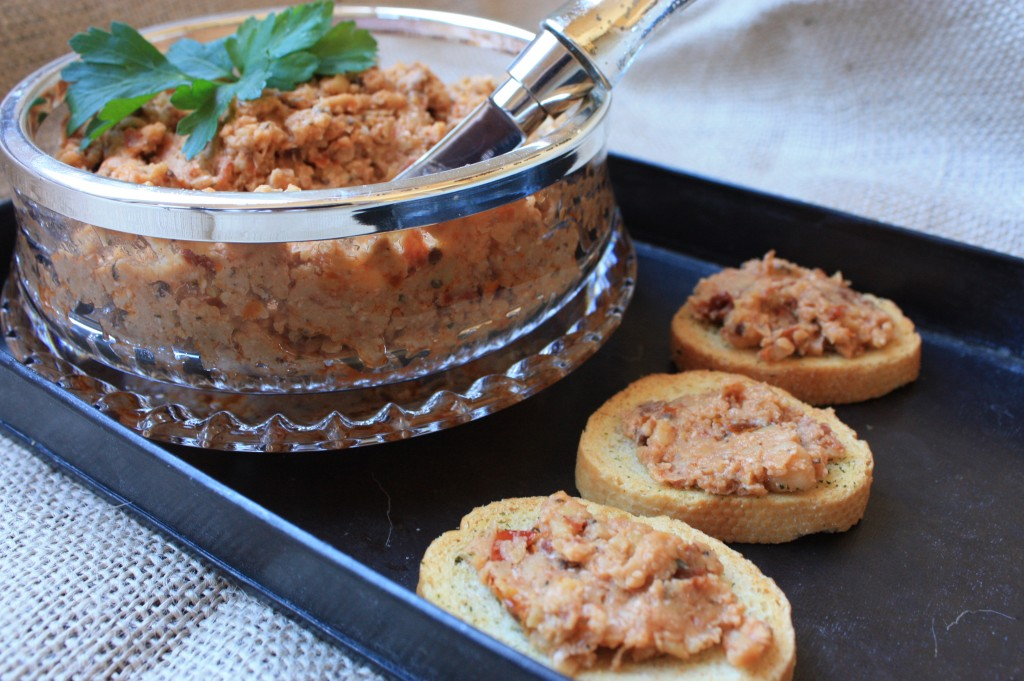 Sun Dried Tomato and Chickpea Spread